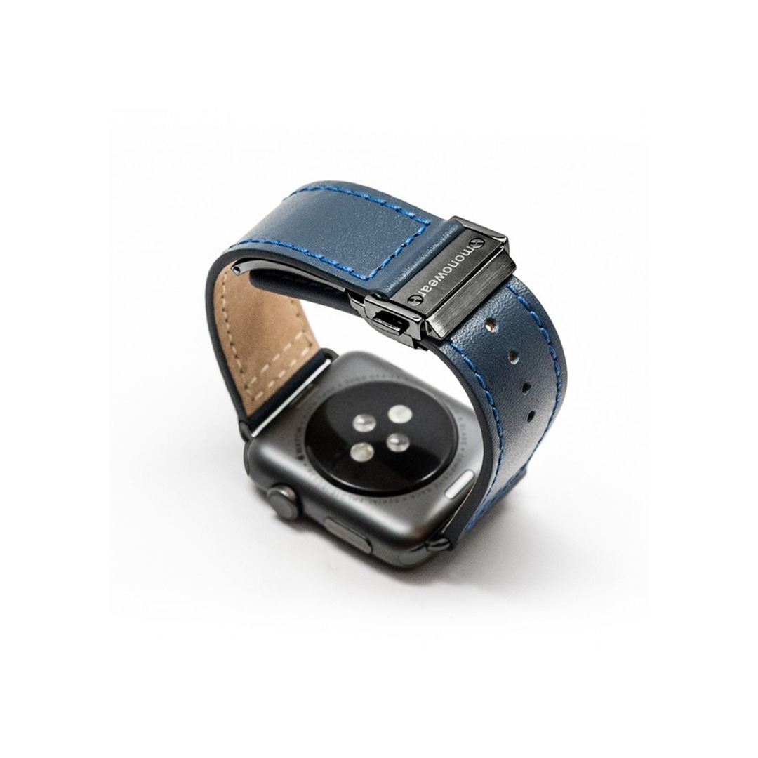 Monowear Navy Leather Band with Deployment clasp – Dark Gray Matte Adapter 42/44mm